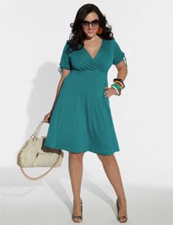 Трикотажные платья — кому носить нельзя